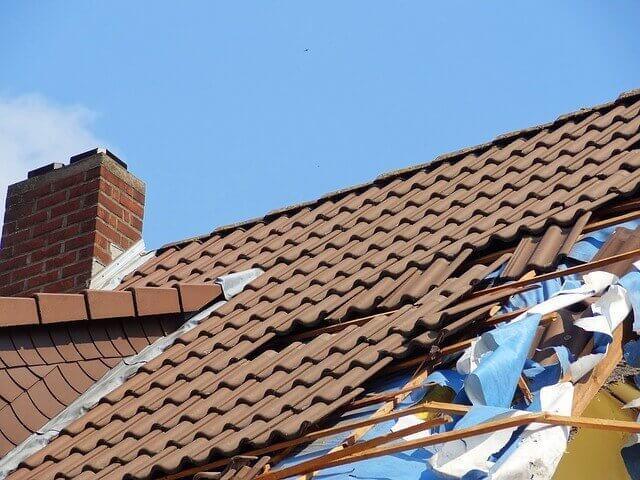 roof-damage-2-jgonzalezhomes.com